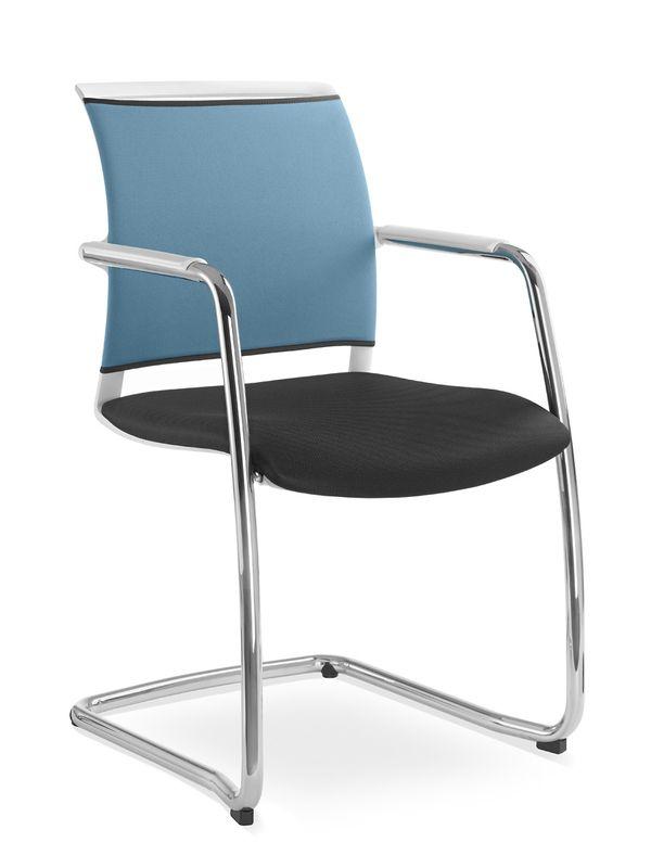 Besprechungsstuhl Look optimierte Rueckenlehnenhoehe ergonomisch ausgeformte Sitzpolsterung