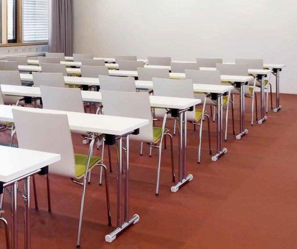 multifunktionale Sitzmoebel stapelbar Besprechungsstuehle Besprechungstische
