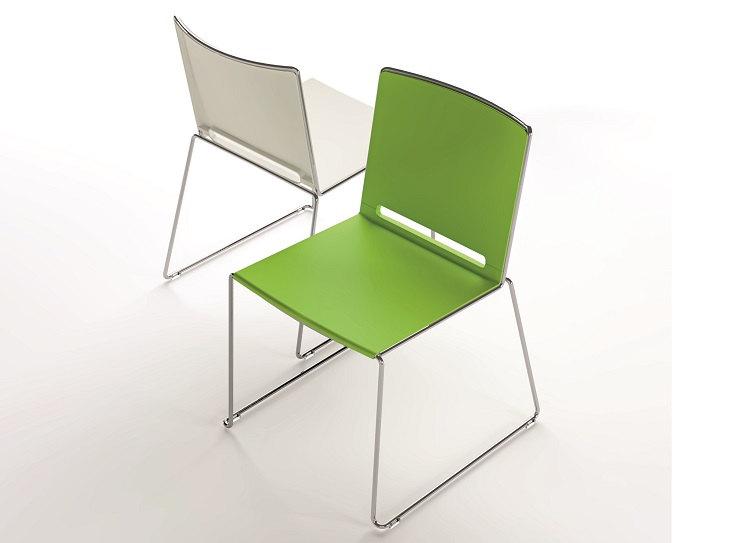 Stuhl Multi Sitzfläche und Rückenlehne aus Polypropylen