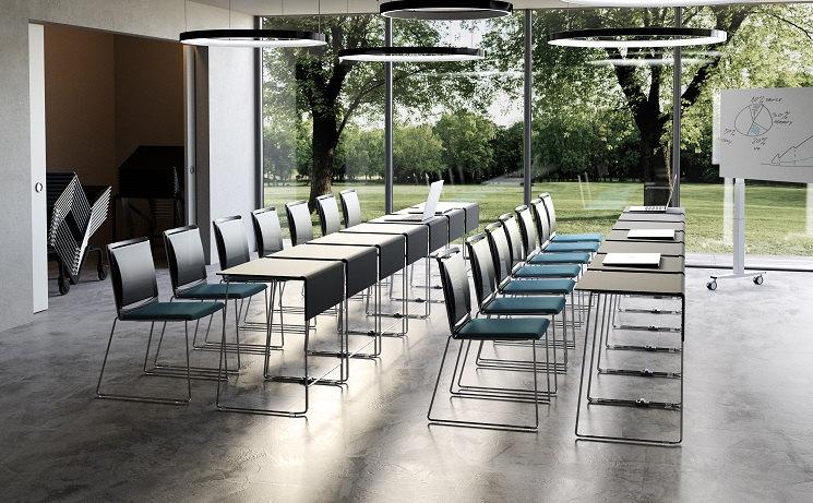 Seminarstühle Multi mit Netzrücken und Sitzpolster